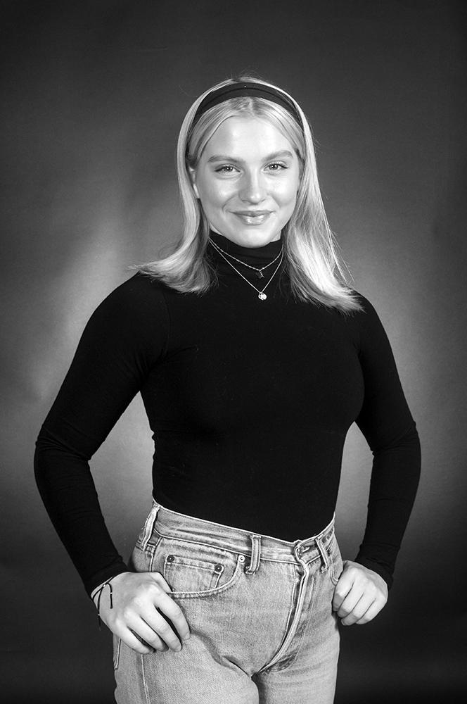 Barbara Wmboldt B&W-9